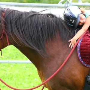 Auf dem Rücken der Pferde - Kinderglück!